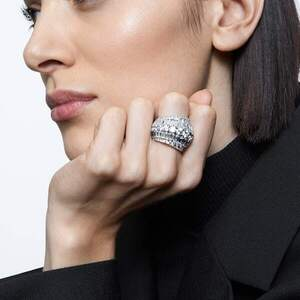 Коктейльное кольцо Swarovski HYPERBOLA 5610393 52